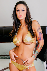 Picture of Angelina Valentine